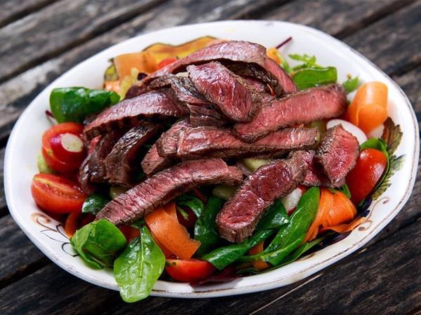 Thịt bò xào rau củ, thực đơn giảm cân bằng thịt bò, cách giảm cân bằng thịt bò, giảm cân bằng thịt bò