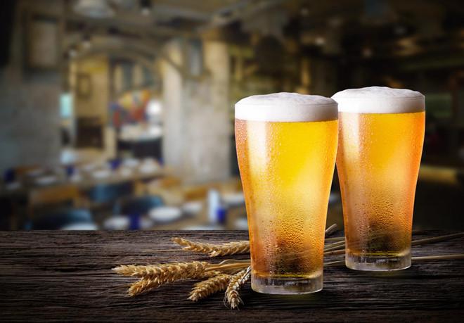 Uống bia giảm cân, cách uống bia giảm cân, uống bia có giảm cân không, giảm cân có nên uống bia
