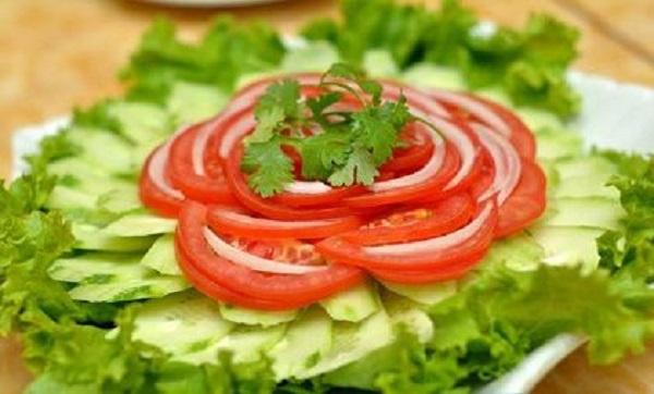 ăn cà chua sống giảm cân, ăn cà chua sống có giảm cân không, ăn cà chua sống giảm cân, giảm cân bằng cà chua sống, cách ăn cà chua sống giảm cân, ăn cà chua sống có giảm béo không, nên ăn cà chua sống hay chín để giảm cân